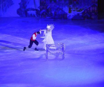 Rewia na lodzie – Królowa Śniegu